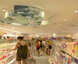 dm markt drogerie mantiene la promessa e lo scaffale food a Brunico