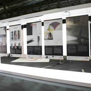 In molti tra il pubblico si sono ispirati al display design espresso nella mostra